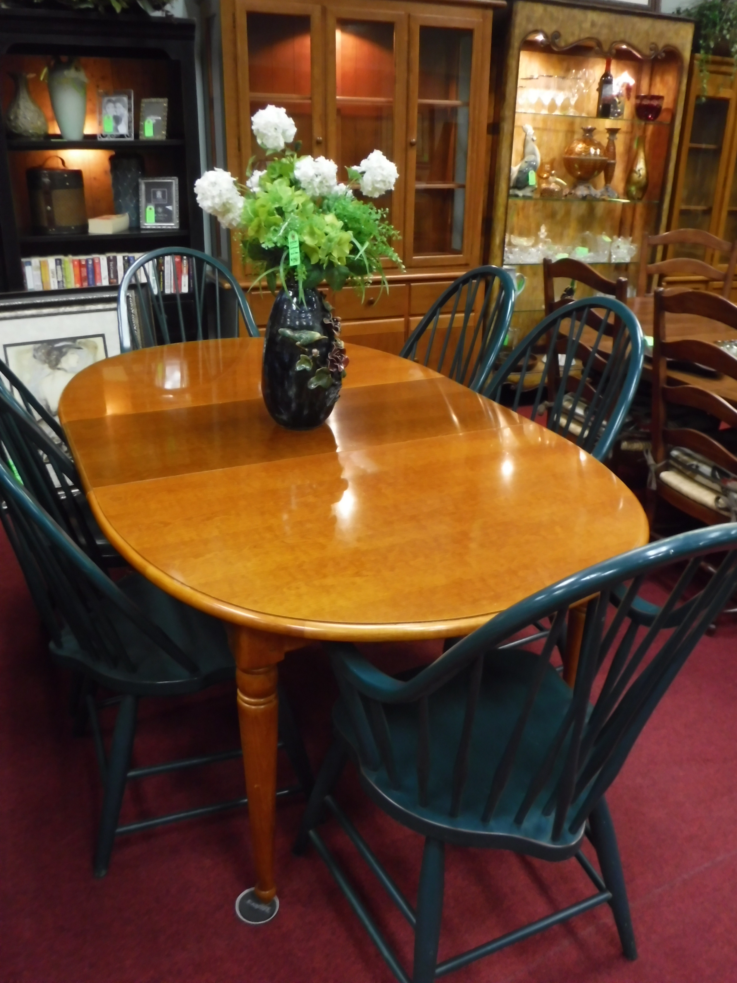 dining room thomasville dining set 6 chairs 2 leaves 18