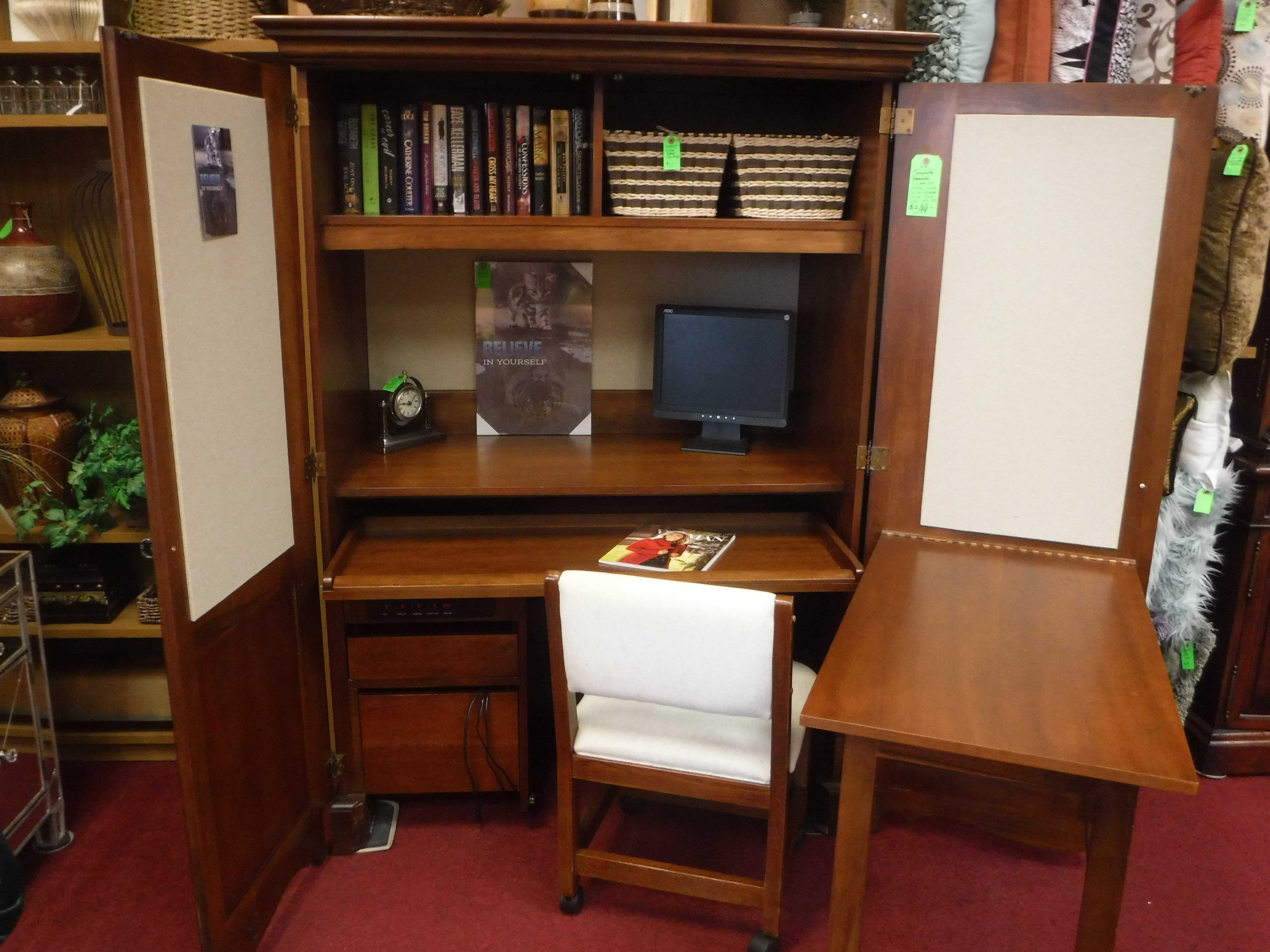 OFFICE / BOOKCASES